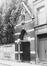 rue d'Artois 17-19. Église Saint-Antoine de Padoue et Couvent des Franciscains Conventuels, détail porte d'entrée., 1979