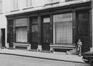 Rue du Dam 26-32, détail rez, 1979