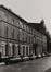 rue de l'Infirmerie, n° impairs. Immeubles quartier du Béguinage, vue depuis la rue du Grand Hospice, 1978