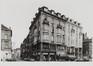 Lakensestraat 171-177, hoeken Koopliedenstraat 16 en Sint-Jan-Nepomucenusstraat 17, eclectische met Art-Nouveau-inslag opbrengsthuizen., [s.d.]