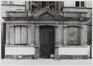 boulevard Maurice Lemonnier 105-109. Immeuble de rapport éclectique, pavillon d'entrée rue de la Caserne., [s.d.]