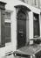rue du Rempart des Moines 19-21, détail porte., 1978