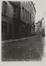 rue de la Cigogne entre 19-21 et 23 rue du Rempart des Moines. Ensemble formé par la porte Saint-Roch et la rue de la Cigogne. Porte Saint-Roch, 1910