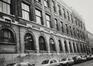 rue des Riches Claires 30. Anc. École Moyenne B. Athénée Léon Lepage, extension moderne de l'école primaire., 1986