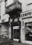 Sint-Katelijnestraat 46-48. Traditioneel huis, detail poort, hoek Oude Graanmarkt 2-4., 1978