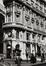 Boulevard Adolphe Max 28-34. Immeuble de rapport éclectique, détail étages inférieurs, angle rue de la Fiancée 9, [s.d.]