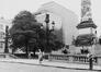 place du Congrès. Colonne du Congrès., 1981