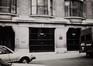 rue du Gouvernement Provisoire 34, détail rez., 1984