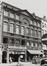 rue du Marché aux Herbes 8-10. Ensemble de maisons traditionelles;