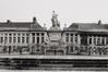 place des Martyrs. Immeubles de la place des Martyrs ainsi que le Monument aux Martyrs. Monument National ou Monument des Martyrs, vue vers l'est., 1990