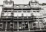 rue du Moniteur 10. Ancien Bain Royal, détail étages, 1981