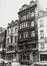 Warmoesberg 11, 9, 5-7. Toegangstravee in Lodewijk XV-stijl met voorportaal ; Café-brasserie