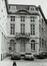 Rue du Persil 6-12. Immeubles de la place des Martyrs ainsi que le Monument aux Martyrs ; Temples de la loge Les Amis Philanthropesfaçade vers la place des Martyrs, 1981
