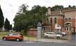 Arthur Van Gehuchtenplein 4, Brugmann ziekenhuis, mortuarium en kapel, omheining, linker gedeelte© (© ARCHistory / APEB, 2018)