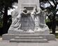 Onze-Lieve-Vrouwvoorplein, Monument van de onbekende Franse soldaat, gesneuveld op Belgische Bodem tijdens de oorlog van 1914-1918, beeldhouwwerk aan voorkant, 2017