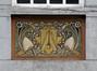 Rue Pierre Strauwen 22, sgraffite en dessus de porte, ARCHistory / APEB, 2018