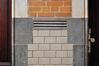 Avenue de Roodebeek 59-61, École no 11, école gardienne, détail des matériaux du couloir, 2011