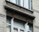 Rue Camille Simoens 12, sgraffite au premier étage, 2014
