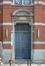 Rue Gallait 131, école communale no2, porte droite, 2014