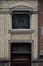 Rue de la Consolation 102, fenêtre en dessus de porte, 2012