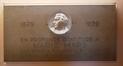 Rue d'Arlon 3-5-11, plaque commémoratif avec un médaillon conçu par le sculpteur Alfred Courtens, 2013