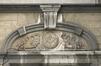 Rue Lesbroussart 29, relief : l'architecture., 2009