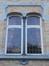 Rue Courtois 22, fenêtres jumelées au rez-de-chaussée, 2015