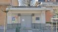École communale, rue de Fierlant 35, détail de la porte d'entrée, 2019