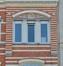 Avenue Saint-Augustin 27, détail du sgraffite ornant le tympan au deuxième étage, 2016