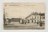 Het Sint-Denijsplein met rechts café Aux Armes de Forest in zijn oorspronkelijke staat en, in het midden, de Sint-Denijsfontein, s. d. (ca. 1900), Collectie Belfius Bank – Académie royale de Belgique ©ARB-urban.brussels