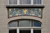 Avenue Georges Henri 477, allège du second étage ornée de mosaïque, 2011