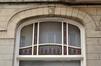 Avenue Georges Henri 477, détail du châssis d'une fenêtre du rez-de-chaussée, 2011