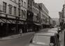 rue Haute, n° impairs, vue vers la place de la Chapelle., 1980