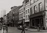 rue Haute 130 à 158, vue vers la place de la Chapelle., 1980