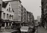 rue Haute 233 à …, vue vers la place de la Chapelle., 1980
