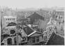 rue des Chapeliers, vue de la rue depuis les toits, [s.d.]