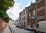 Rue des Palais Outre-Ponts, vue depuis la fin de la rue, 2017