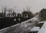 La rue Cervantès avec, à gauche, la maison de campagne en style néoclassique d'Alexandre Bertrand, démoli depuis, s.d. (vers 1930)© Cercle d'histoire et du patrimoine de Forest, Dossier rue Cervantès