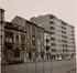 Avenue Reine Marie-Henriette 9 à 1; les maisons bourgeoises 9 à 3 ont fait place à de hauts immeubles à appartements, photo de 1964© ACF/Urb. 18513 (1964)