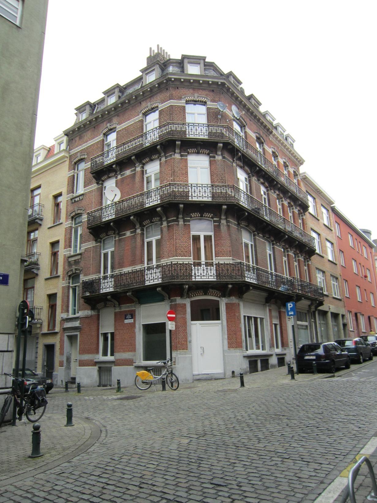 Wolstraat 57, 61 - Priestersstraat 30, 2015