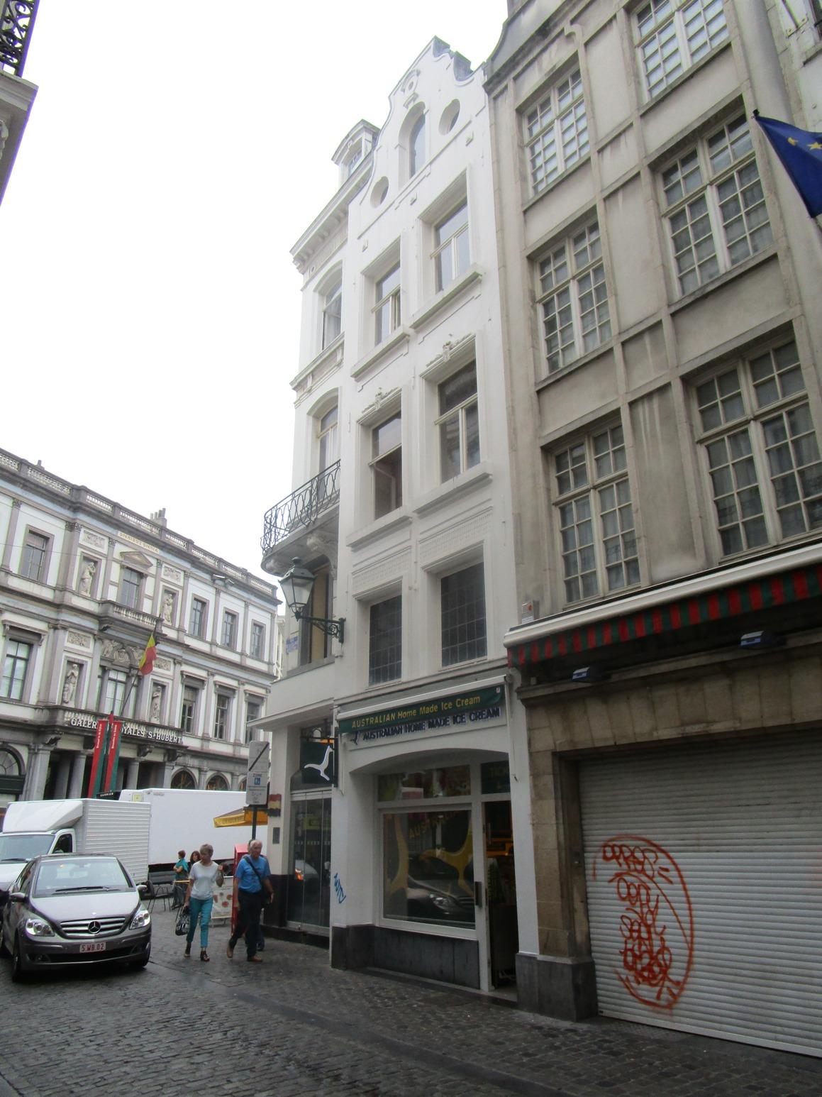 Rue de la Colline 2, 2015
