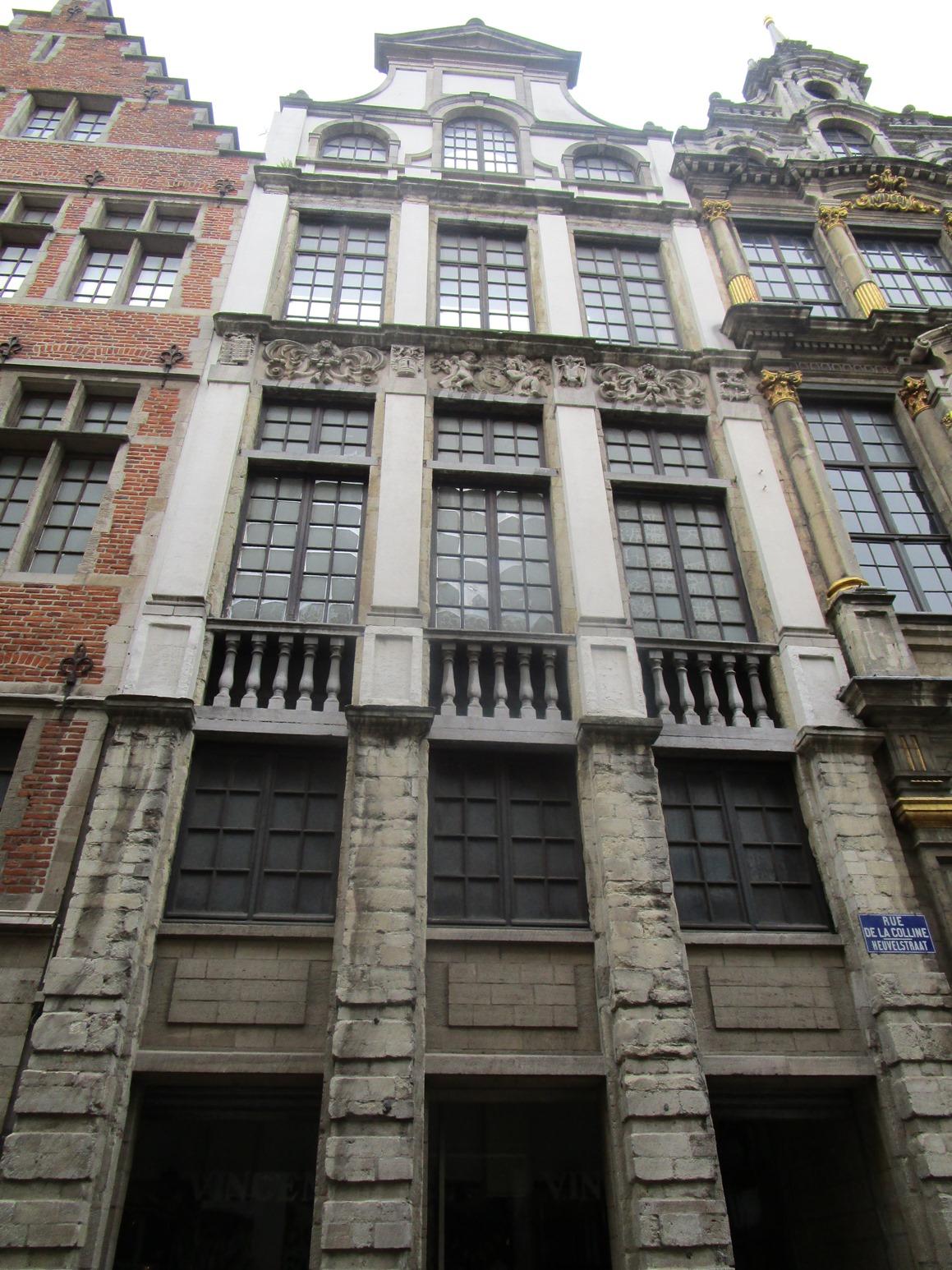 Rue de la Colline 22, 2015