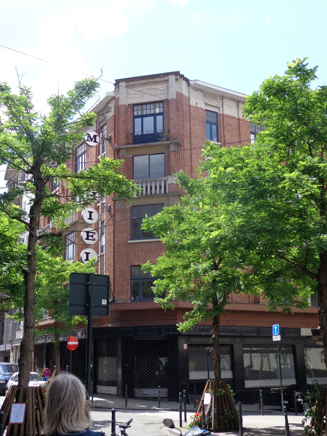 Rue Haute 195-203A, 2015