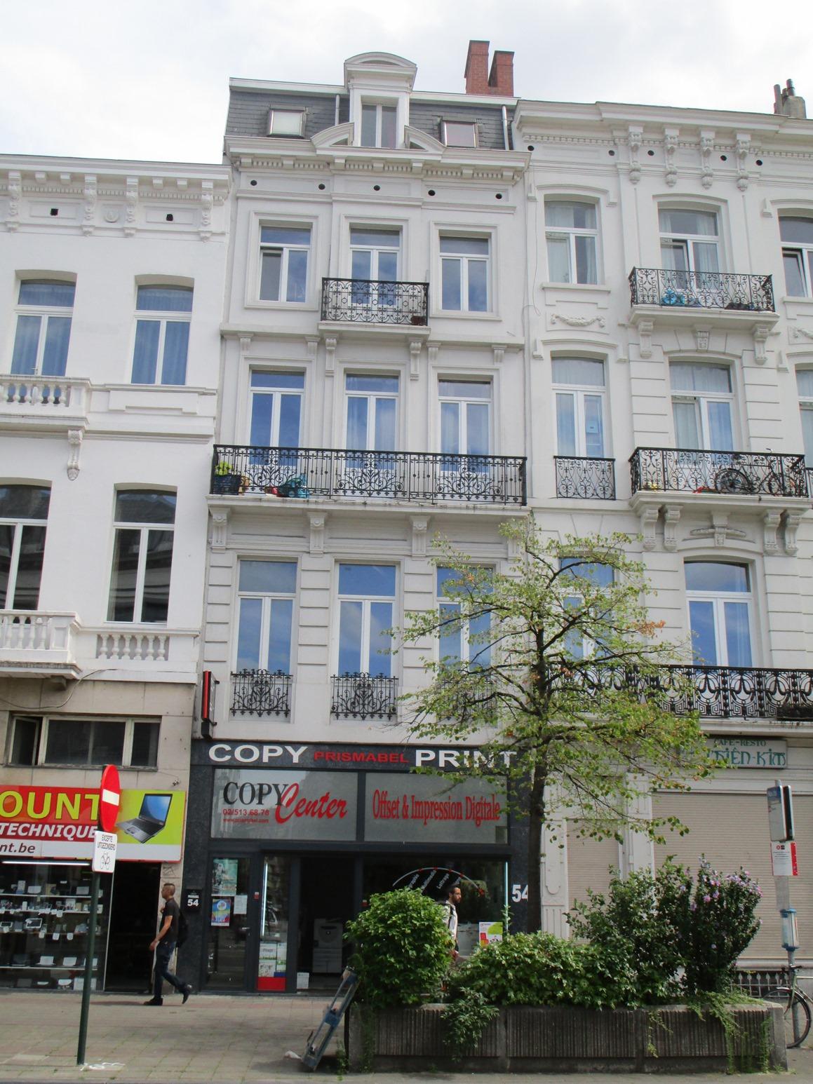 Boulevard Maurice Lemonnier 54-56, 2015