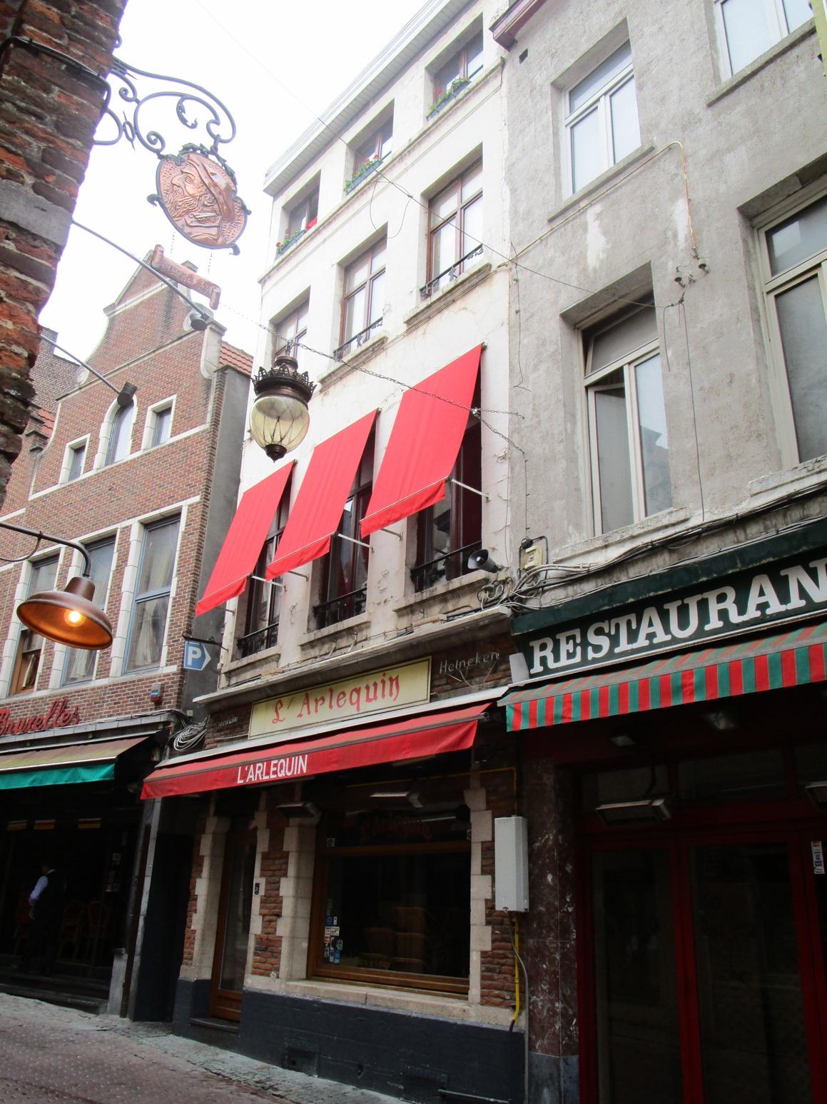 Rue des Bouchers 29-31, 2015