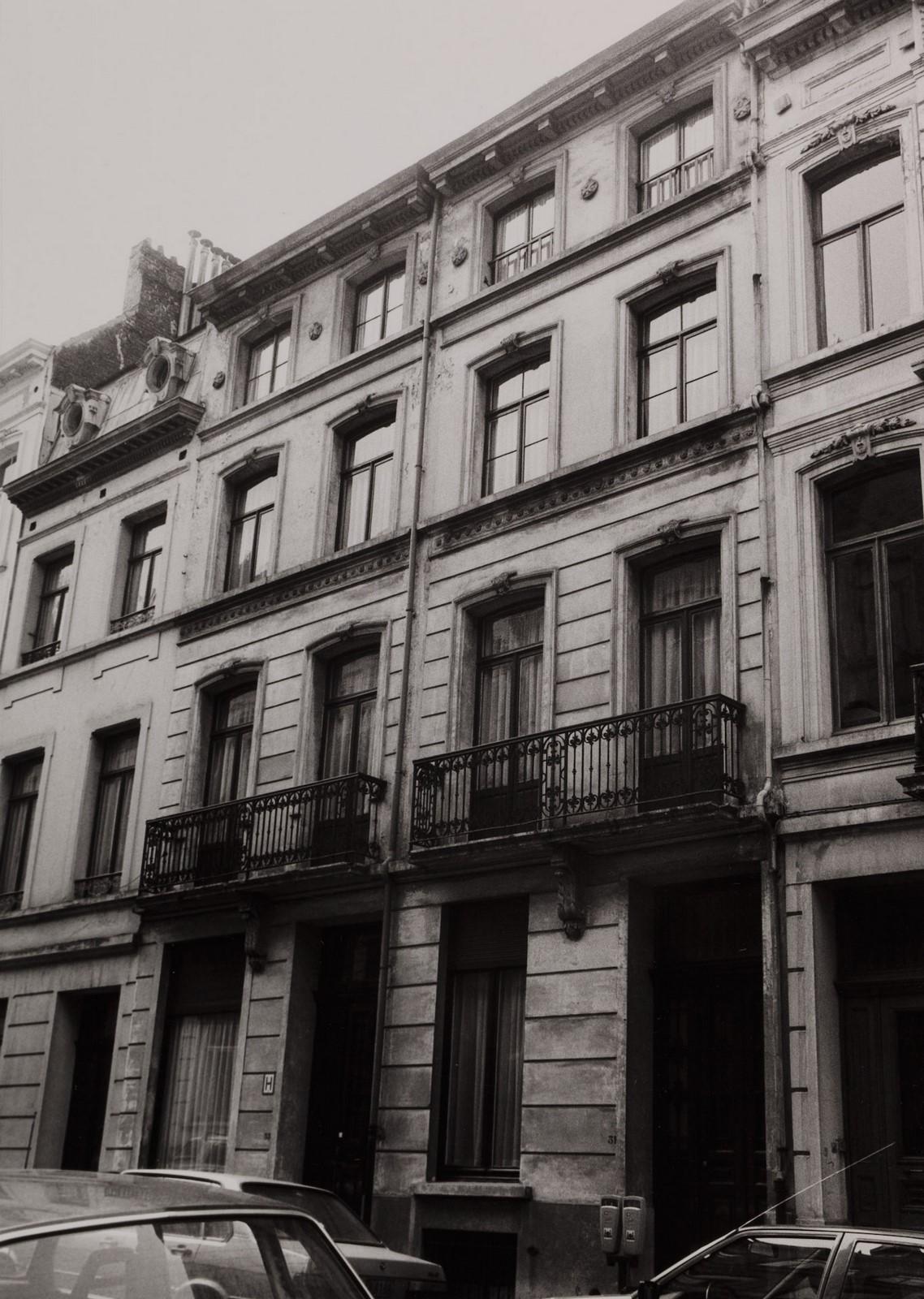 rue du Gouvernement Provisoire 31 et 33., 1985