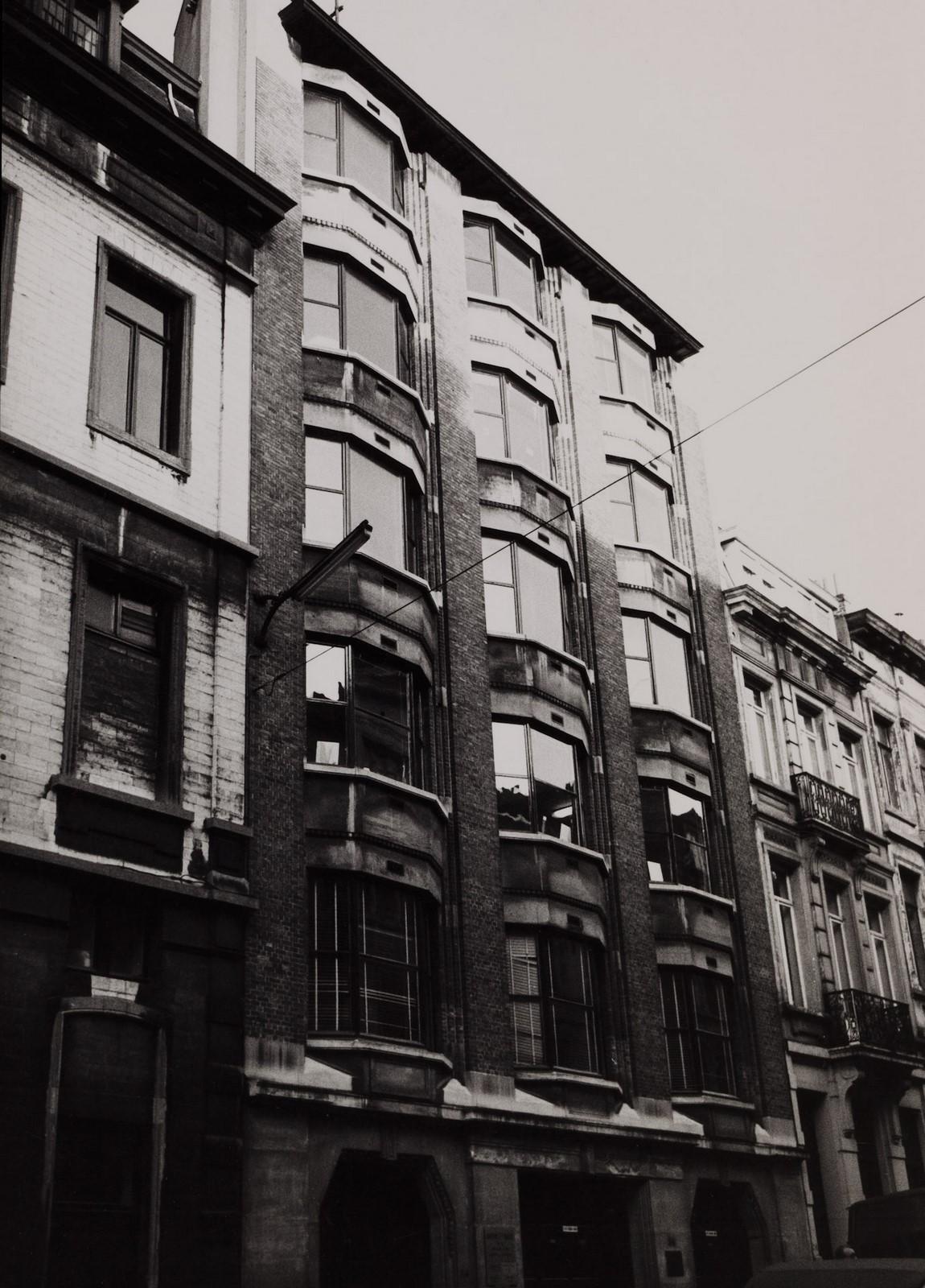rue du Gouvernement Provisoire 34., 1984