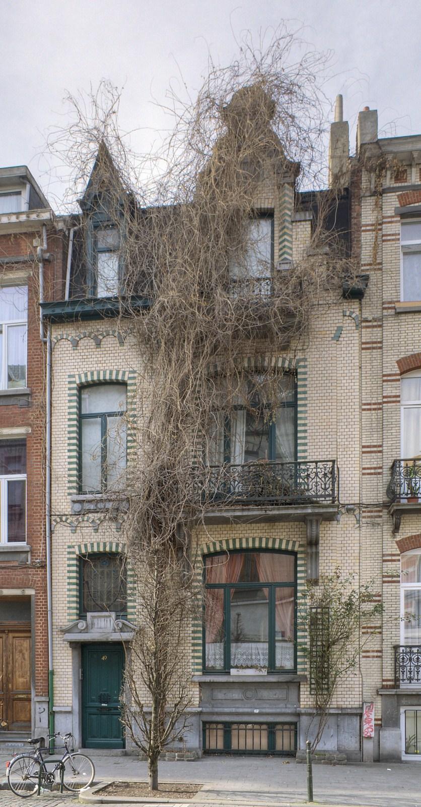Rue du Cardinal 49.© © V. Brunetta & M. Eberlin, 2009