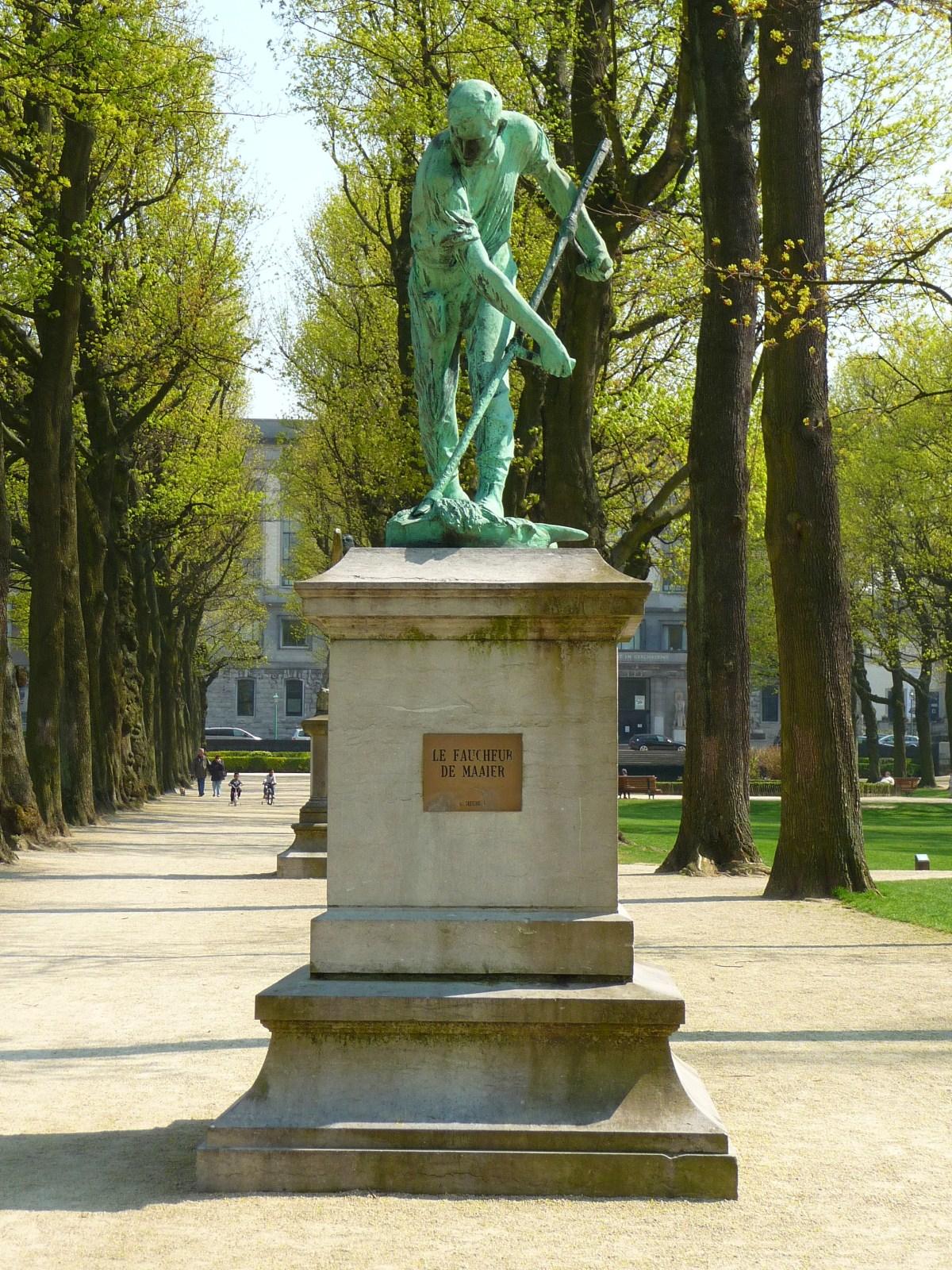 Parc du Cinquantenaire, Le Faucheur, par Constantin Meunier., 2010