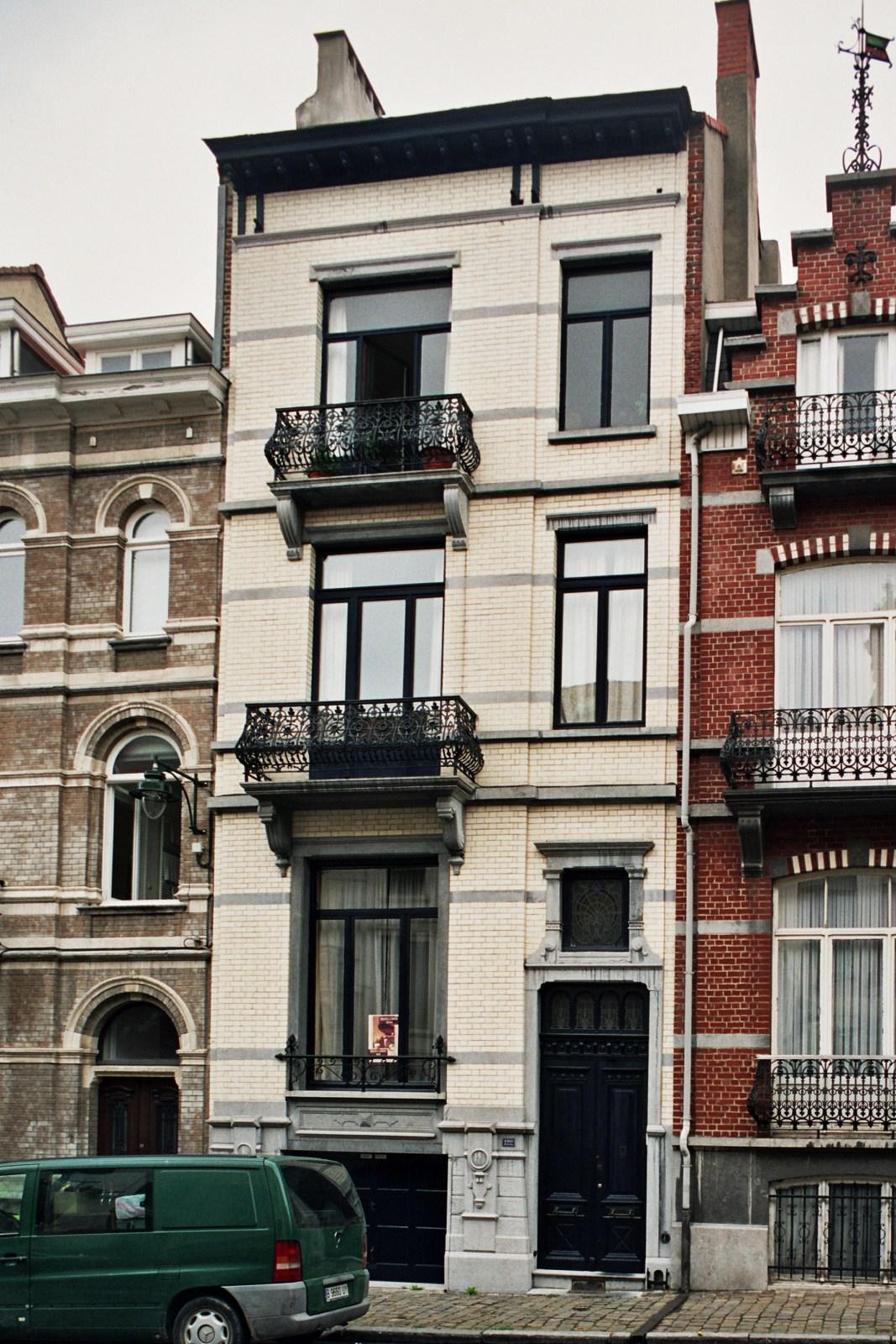 Rue des Confédérés 122., 2007